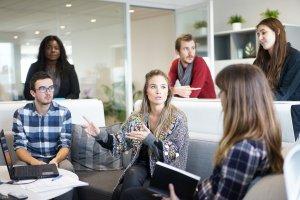 仕事の効率化とは?無駄な時間を少なくすることで、使える予算を増やす!のサムネイル画像